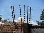 electric fence on wall2