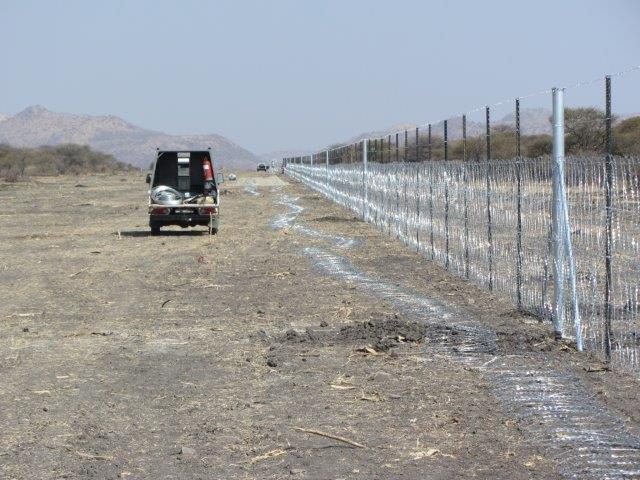 razor mesh fence erected at a mine (7)