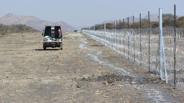 Mesh Fence Manufacture
